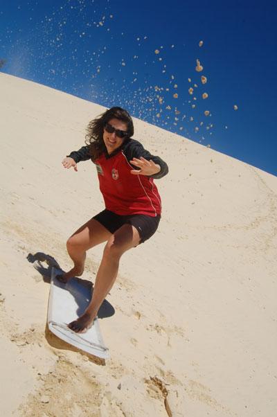 Lény surf en australie
